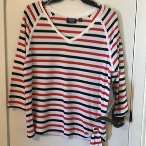 NWT Onque Casual size Med. top